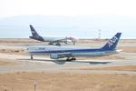 uhfxさんが、関西国際空港で撮影した全日空 767-381の航空フォト(飛行機 写真・画像)