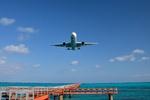 ベルヴェルクさんが、下地島空港で撮影した全日空 767-381の航空フォト(飛行機 写真・画像)