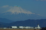 rjnsphotoclub-No.07さんが、静岡空港で撮影した大韓航空 737-8BKの航空フォト(写真)