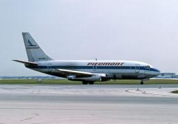 Gambardierさんが、オーランド国際空港で撮影したピードモント航空 737-201の航空フォト(飛行機 写真・画像)