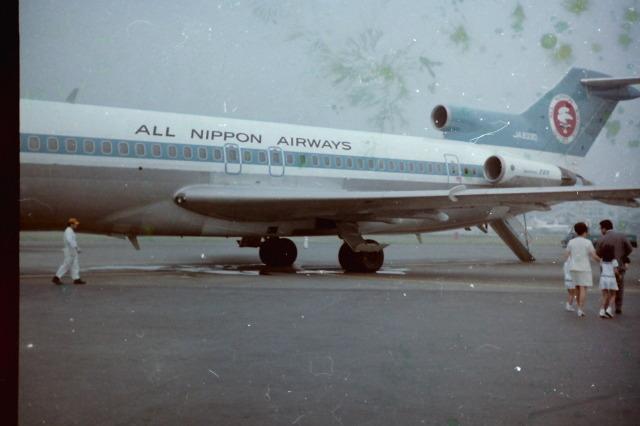 全日空 Boeing 727-200 JA8330 羽田空港  航空フォト | by ねこたさん