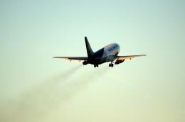 aircanadafunさんが、モントリオール・ピエール・エリオット・トルドー国際空港で撮影したノリノール・エビエーション 737-2B6C/Advの航空フォト(飛行機 写真・画像)