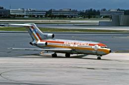 Gambardierさんが、マイアミ国際空港で撮影したアビアテカ 737-2H6/Advの航空フォト(飛行機 写真・画像)