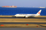 7zeauxさんが、羽田空港で撮影した日本航空 767-346/ERの航空フォト(写真)
