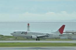 あっしーさんが、那覇空港で撮影した日本トランスオーシャン航空 737-4Q3の航空フォト(飛行機 写真・画像)