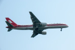 パンダさんが、羽田空港で撮影した上海航空 757-26Dの航空フォト(飛行機 写真・画像)