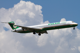 PINK_TEAM78さんが、成田国際空港で撮影したエバー航空 MD-90-30の航空フォト(飛行機 写真・画像)