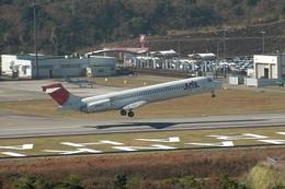 Lekiさんが、南紀白浜空港で撮影した日本航空 MD-87 (DC-9-87)の航空フォト(写真)