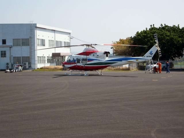東方亜州さんが、枕崎飛行場で撮影した鹿児島県防災航空隊 412EPの航空フォト(飛行機 写真・画像)