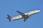 c59さんが、那覇空港で撮影したタイ政府 737-4Z6の航空フォト(写真)