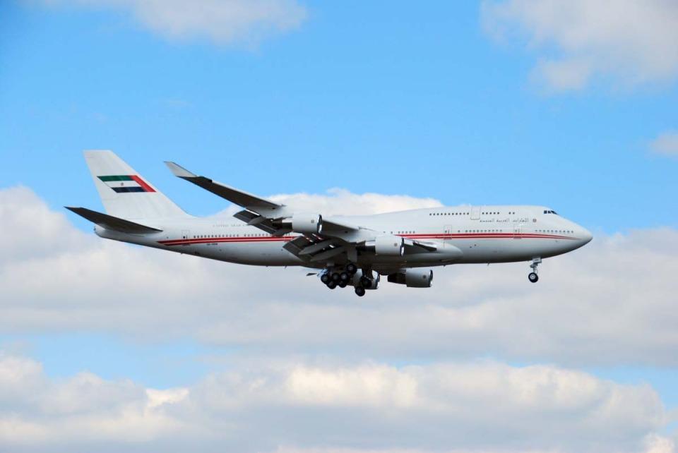 まいけるさんのドバイ・ロイヤル・エア・ウィング Boeing 747-400 (A6-HRM) 航空フォト