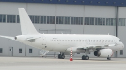 Take51さんが、ソフィア国際空港で撮影したAWAS A320-232の航空フォト(飛行機 写真・画像)
