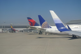 mickeyさんが、中部国際空港で撮影したユナイテッド航空 737-824の航空フォト(写真)