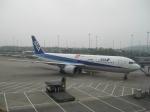 こっすぃ~さんが、広州白雲国際空港で撮影した全日空 767-381/ERの航空フォト(飛行機 写真・画像)