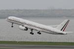 よねやまさんが、羽田空港で撮影したメキシコ空軍 757-225の航空フォト(写真)