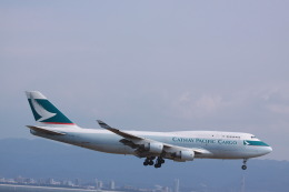 JA7NPさんが、関西国際空港で撮影したキャセイパシフィック航空 747-412(BCF)の航空フォト(飛行機 写真・画像)