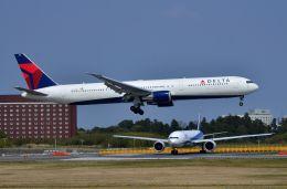 ちかぼーさんが、成田国際空港で撮影したデルタ航空 767-432/ERの航空フォト(飛行機 写真・画像)