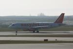 やつはしさんが、ヴェネツィア マルコ・ポーロ国際空港で撮影したイージージェット A320-214の航空フォト(飛行機 写真・画像)