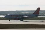 やつはしさんが、ヴェネツィア マルコ・ポーロ国際空港で撮影したイージージェット A319-111の航空フォト(飛行機 写真・画像)