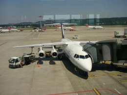 おぶりがーどさんが、チューリッヒ空港で撮影したルフトハンザ リージョナルの航空フォト(飛行機 写真・画像)