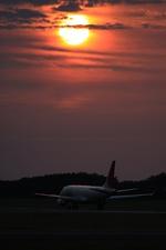 新潟空港 - Niigata Airport [KIJ/RJSN]で撮影されたジェイエア - J-AIR [JLJ]の航空機写真