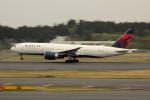 アイスコーヒーさんが、成田国際空港で撮影したデルタ航空 777-232/LRの航空フォト(飛行機 写真・画像)