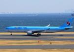 ふじいあきらさんが、羽田空港で撮影した大韓航空 A330-322の航空フォト(飛行機 写真・画像)