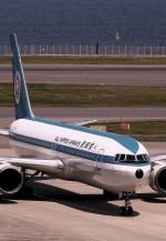 rjnsphotoclub-No.07さんが、羽田空港で撮影した全日空 767-381の航空フォト(飛行機 写真・画像)