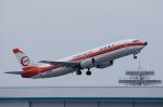 xxxxxzさんが、那覇空港で撮影した日本トランスオーシャン航空 737-446の航空フォト(飛行機 写真・画像)