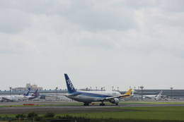サイパンだ!さんが、成田国際空港で撮影した全日空 767-381/ERの航空フォト(飛行機 写真・画像)