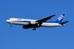 たーげっとさんが、成田国際空港で撮影した全日空 767-381/ERの航空フォト(飛行機 写真・画像)
