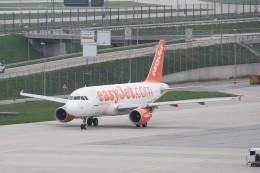 tb53さんが、ミュンヘン・フランツヨーゼフシュトラウス空港で撮影したイージージェット A319-111の航空フォト(飛行機 写真・画像)