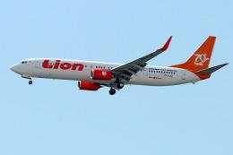 Tomo-Papaさんが、シンガポール・チャンギ国際空港で撮影したライオン・エア 737-9GP/ERの航空フォト(飛行機 写真・画像)