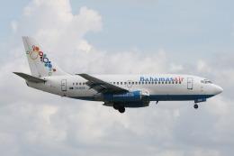 ムギムギさんが、マイアミ国際空港で撮影したバハマスエア 737-275/Advの航空フォト(飛行機 写真・画像)