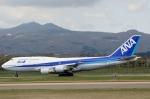 Dojalanaさんが、函館空港で撮影した全日空 747-481(D)の航空フォト(写真)