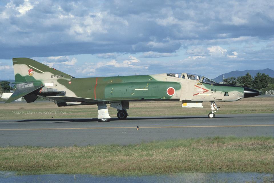 Scotchさんの航空自衛隊 McDonnell Douglas RF-4E Phantom II (57-6911) 航空フォト