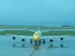 GE90777-300ERさんが、那覇空港で撮影した全日空 747-481(D)の航空フォト(写真)