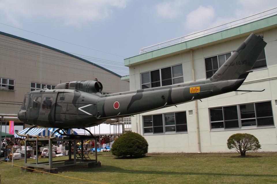りんたろうさんの陸上自衛隊 Fuji UH-1H (41695) 航空フォト