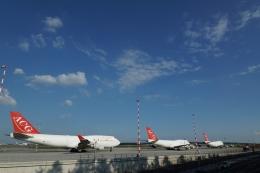 takluftさんが、フランクフルト国際空港で撮影したエア・カーゴ・ジャーマニー 747-412(BCF)の航空フォト(飛行機 写真・画像)