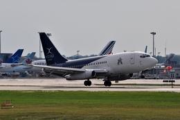 aircanadafunさんが、モントリオール・ピエール・エリオット・トルドー国際空港で撮影したエクストラータ・カナダ 737-2R8C/Advの航空フォト(飛行機 写真・画像)