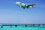 kinsanさんが、下地島空港で撮影した日本航空 777-246の航空フォト(写真)