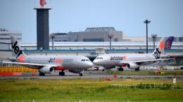 mojioさんが、成田国際空港で撮影したジェットスター A320-232の航空フォト(飛行機 写真・画像)
