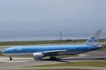 xxxxxzさんが、関西国際空港で撮影したKLMオランダ航空 777-206/ERの航空フォト(写真)