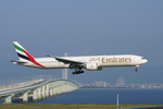 xxxxxzさんが、関西国際空港で撮影したエミレーツ航空 777-31H/ERの航空フォト(飛行機 写真・画像)