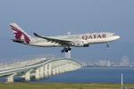 xxxxxzさんが、関西国際空港で撮影したカタール航空 A330-202の航空フォト(飛行機 写真・画像)