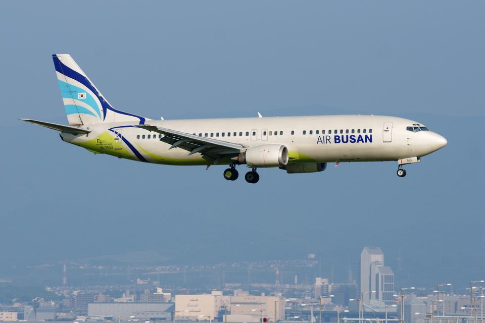 xxxxxzさんのエアプサン Boeing 737-400 (HL7510) 航空フォト