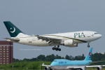 Scotchさんが、成田国際空港で撮影したパキスタン国際航空 A310-308の航空フォト(写真)
