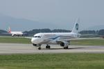 xxxxxzさんが、静岡空港で撮影したウラジオストク航空 A320-214の航空フォト(飛行機 写真・画像)