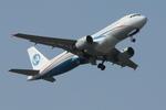 Severemanさんが、静岡空港で撮影したウラジオストク航空 A320-214の航空フォト(写真)