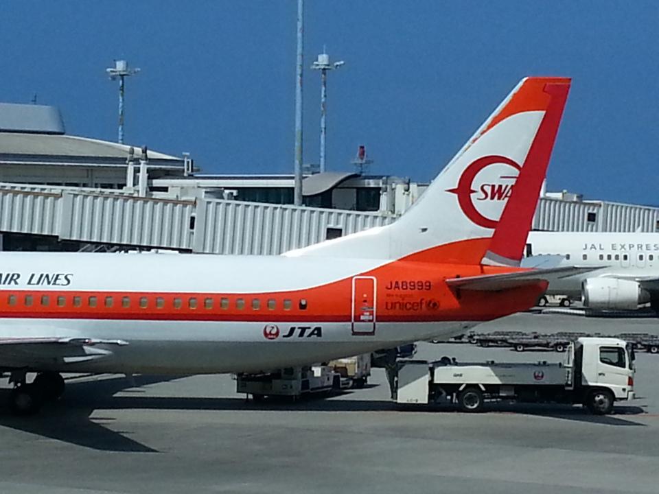 GE90777-300ERさんの日本トランスオーシャン航空 Boeing 737-400 (JA8999) 航空フォト